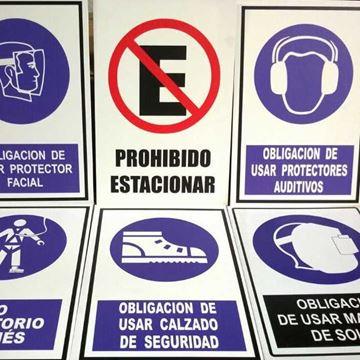 Imagen de Carteles en Sintra y acrílico